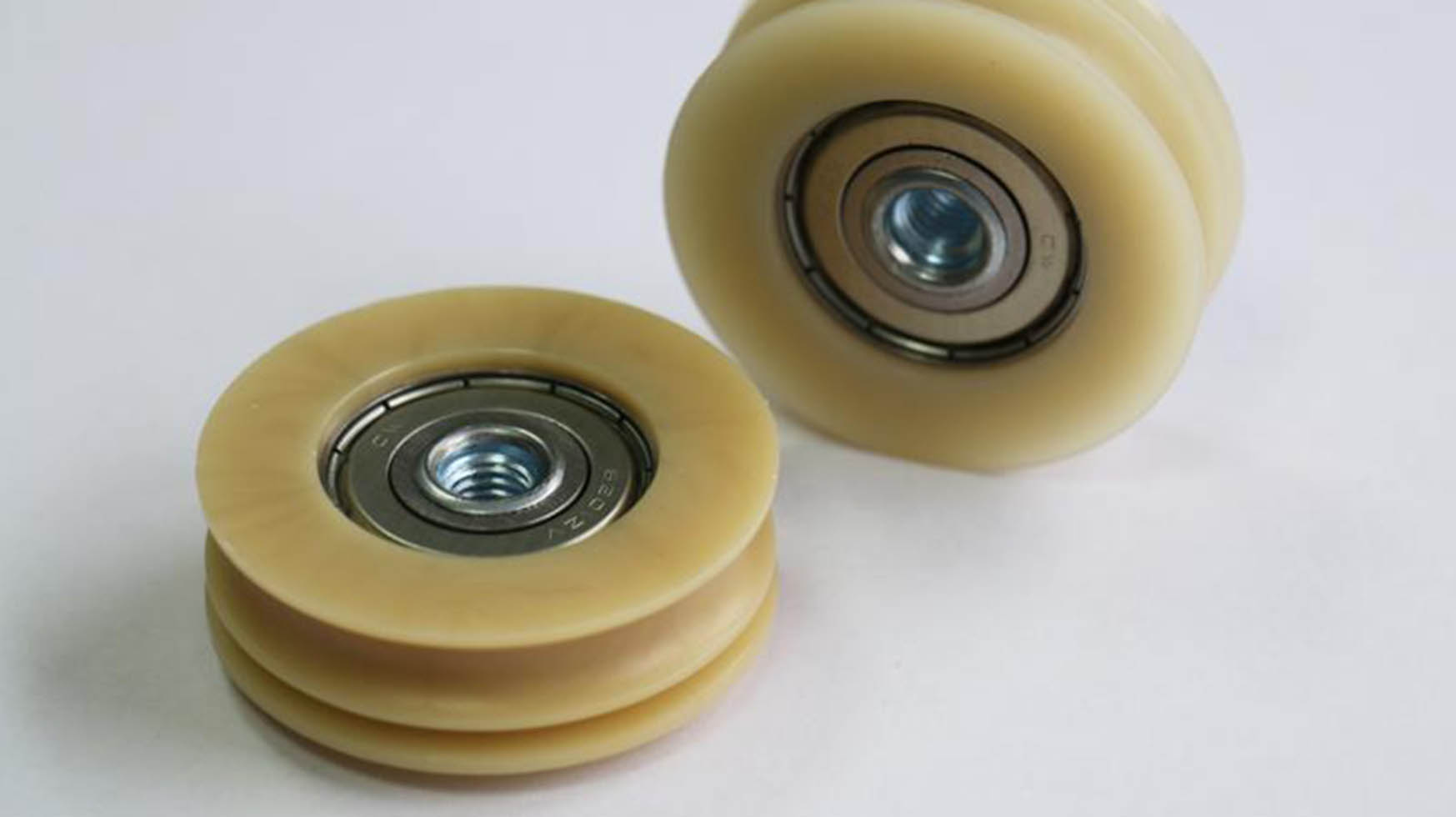 Application: Track rollers made of aliphatic polyketone (PK) AKROTEK®